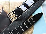 Женский стильный ремень с люверсами  и двойной пряжкой черный, фото 3