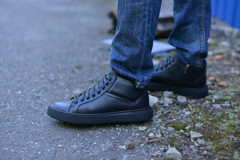 Ботинки натуральная кожа черные укороченные