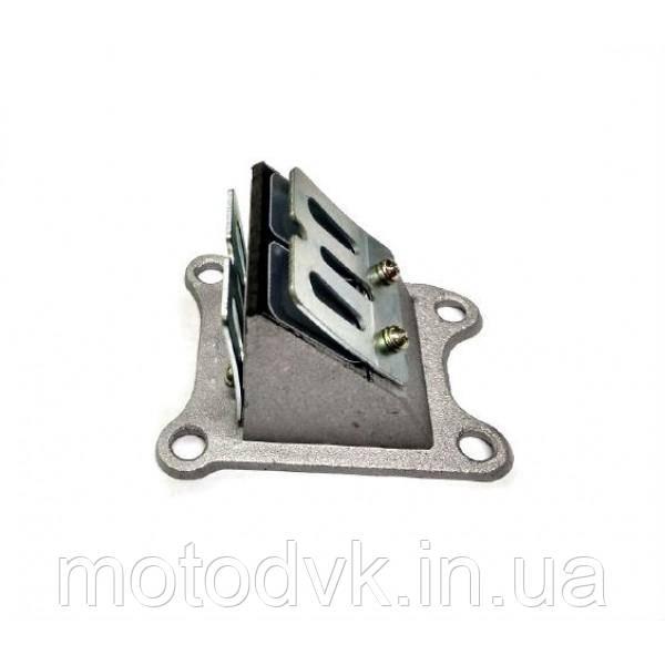 Лепестковый клапан на скутер Honda Dio  AF-34, AF-35 (под 4 болта)