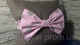 Бант на выписку серые сердечки на розовом