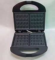 Вафельниця Domotec MS-7705 Чорна (750Вт, квадратна), фото 5