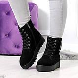 Стильные повседневные женские черные зимние ботинки из натуральной замши, фото 4