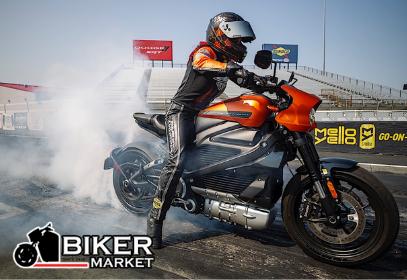 Мотогонщица поставила рекорд скорости электроцикла Harley-Davidson