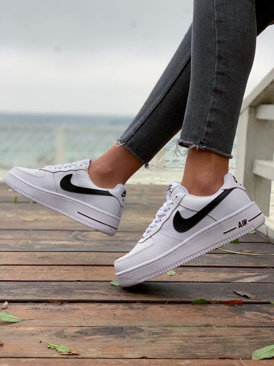 Женские кроссовки  Nike на меху белые(копия)