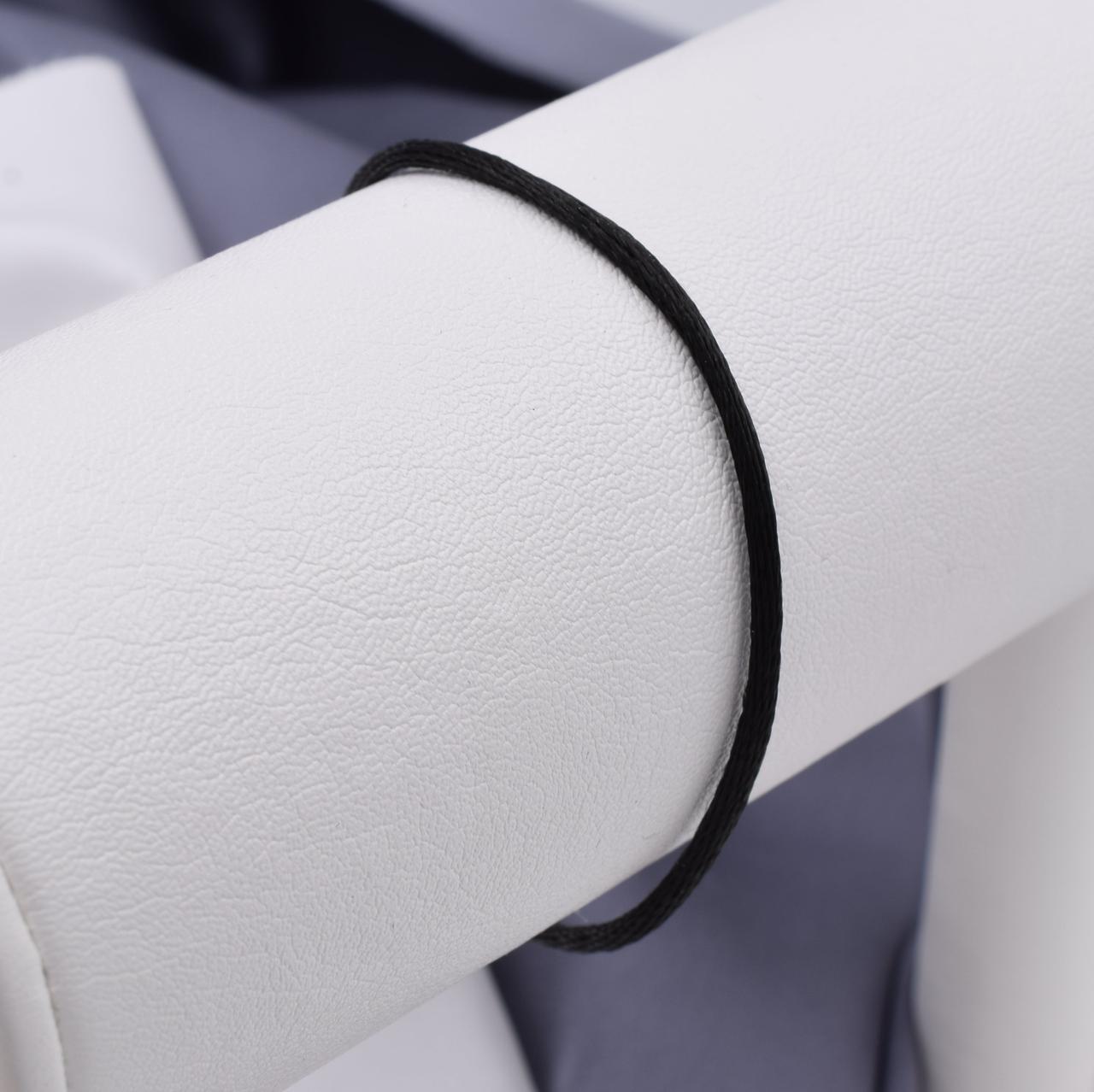 Серебряный оберег Черная нить длина 21 см ширина 2 мм вес 0.7 г