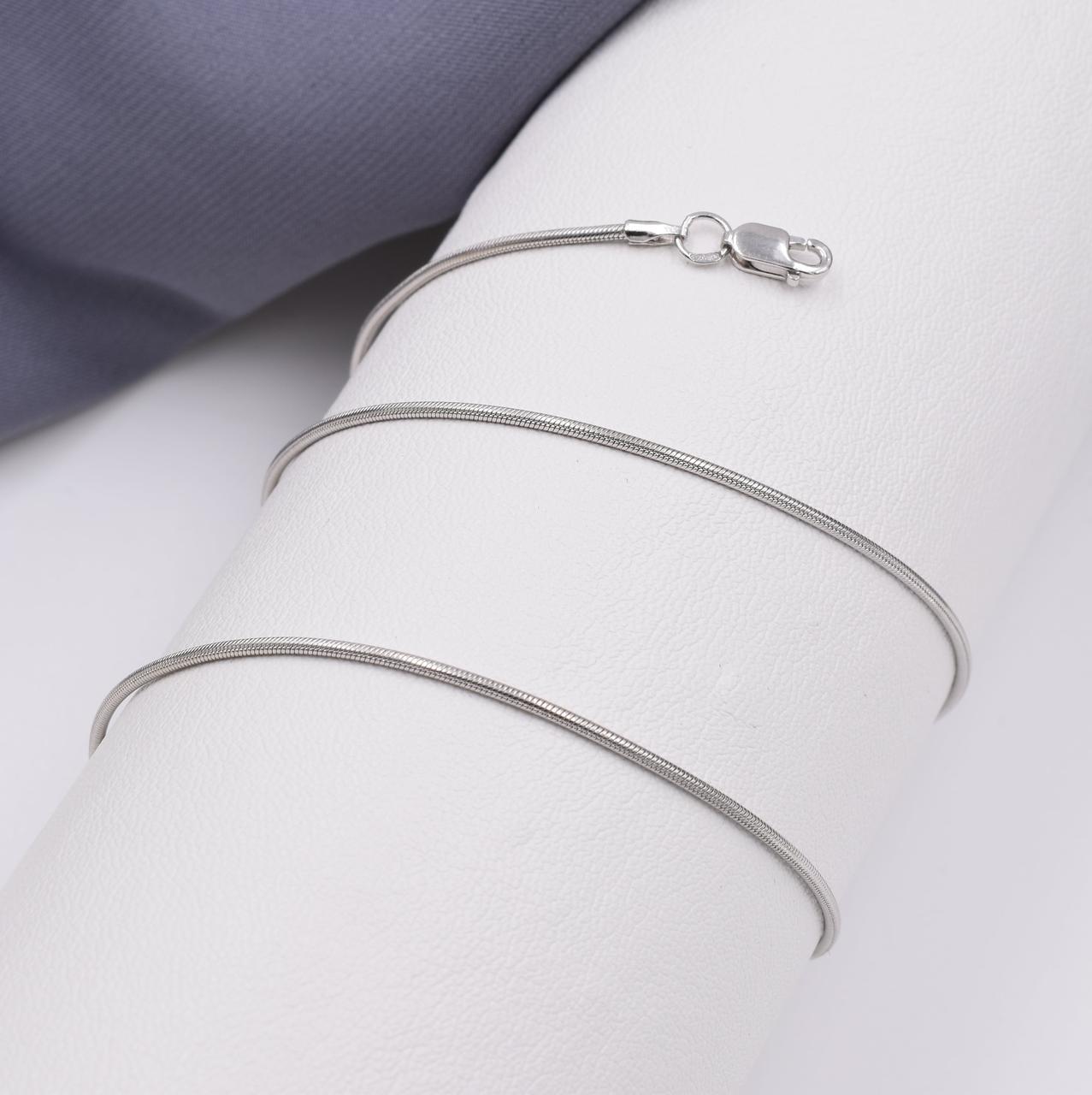 Серебряная цепочка длина 45 см ширина 1 мм вес 4.1 г