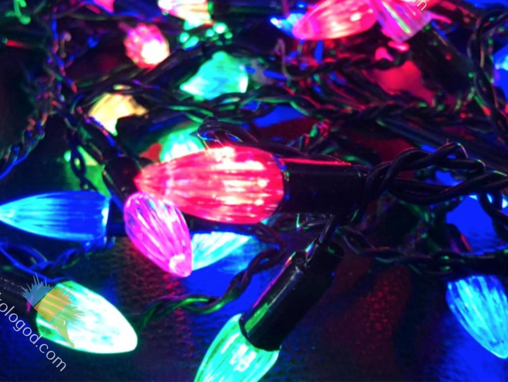 Гирлянда Бахрома Ракета 70 LED 2.5х0,5 м Новогодняя Цвет Мульти top