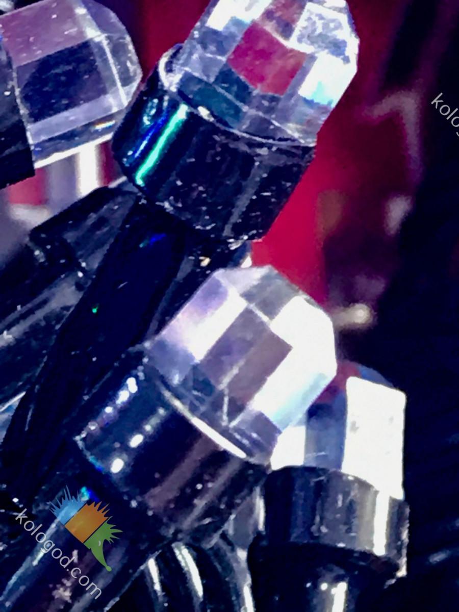 Гирлянда Штора Кристалл 180 LED 1,5*1,5 м Цвета в Ассортименте Черный Провод top