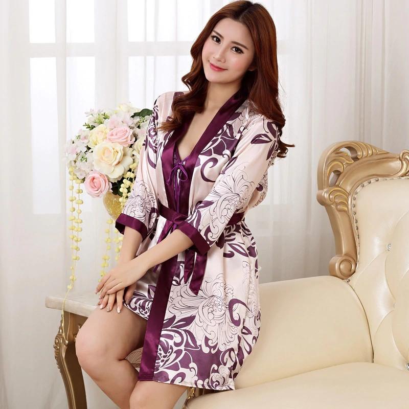 Женский комплект Vero Moda атласный халат и ночная рубашка розово-фиолетовый  XL