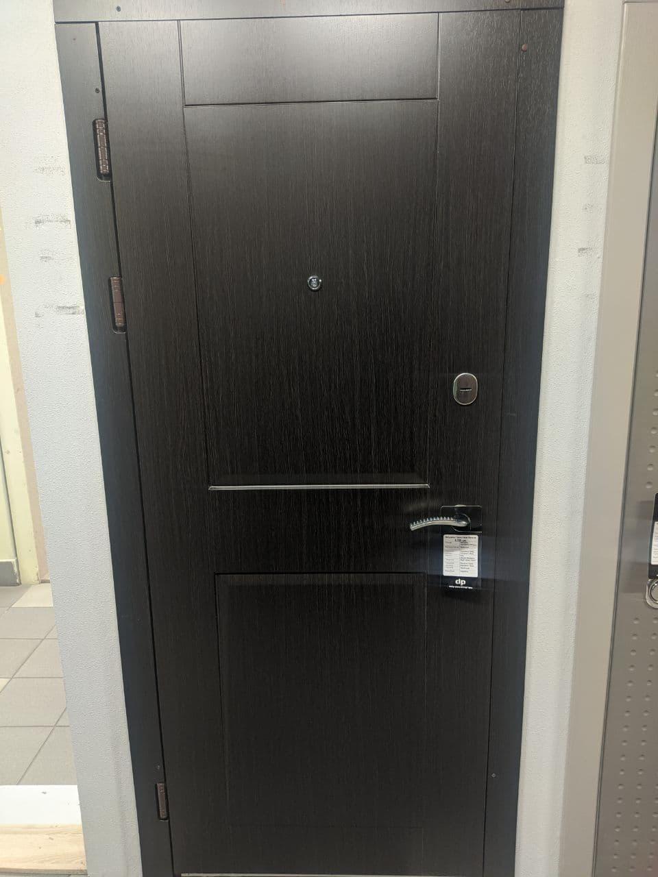 Дверь входная Престиж венге