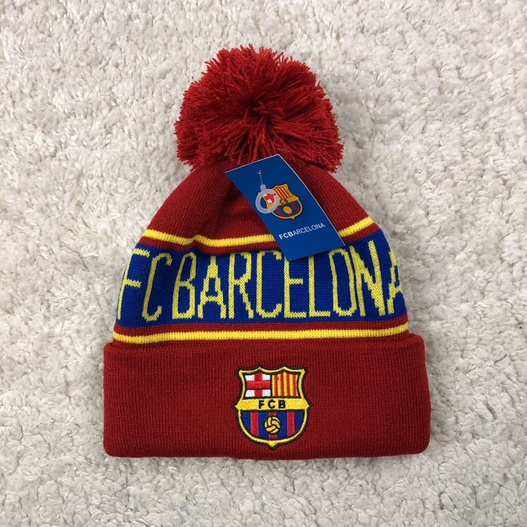 Мужская футбольная шапка Барселона, вишневая с бубоном