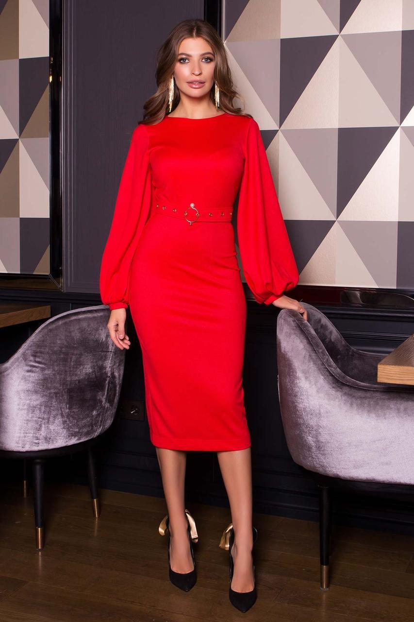 Нарядное платье футляр с люрексом новогоднее красное