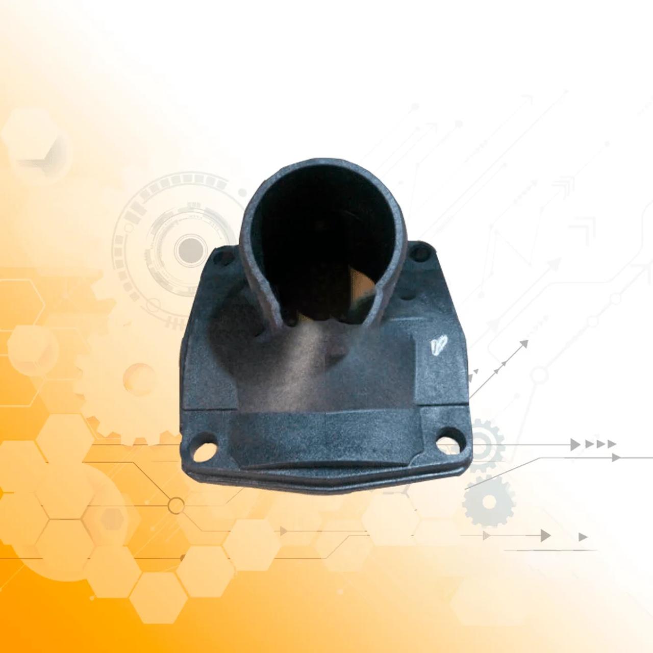 Крышка теплообменника круглого задняя ЯМЗ (пластик) 7511-1013710