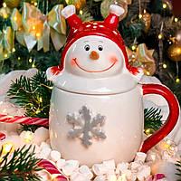 Новогодняя чашка с крышкой «Снеговик в шапке»