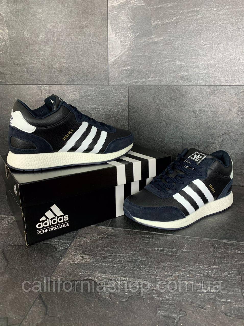 Мужские зимние кроссовки Adidas Iniki Адидас Иники кожаные на меху цвет темно-синий с белым