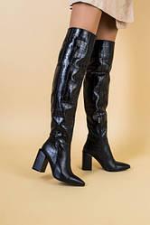 Ботфорты женские кожа крокодил черные, на каблуке, зима