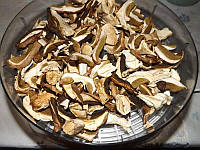 Сушеные грибы белые