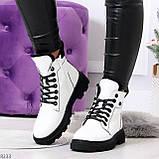 Нарядные белые зимние женские ботинки на черной шнуровке 38-24см, фото 3