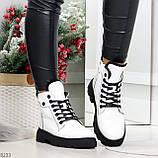 Нарядные белые зимние женские ботинки на черной шнуровке 38-24см, фото 9
