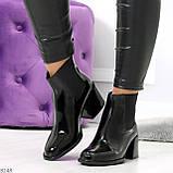 Эффектные черные глянцевые женские ботинки на флисе низкий ход, фото 8