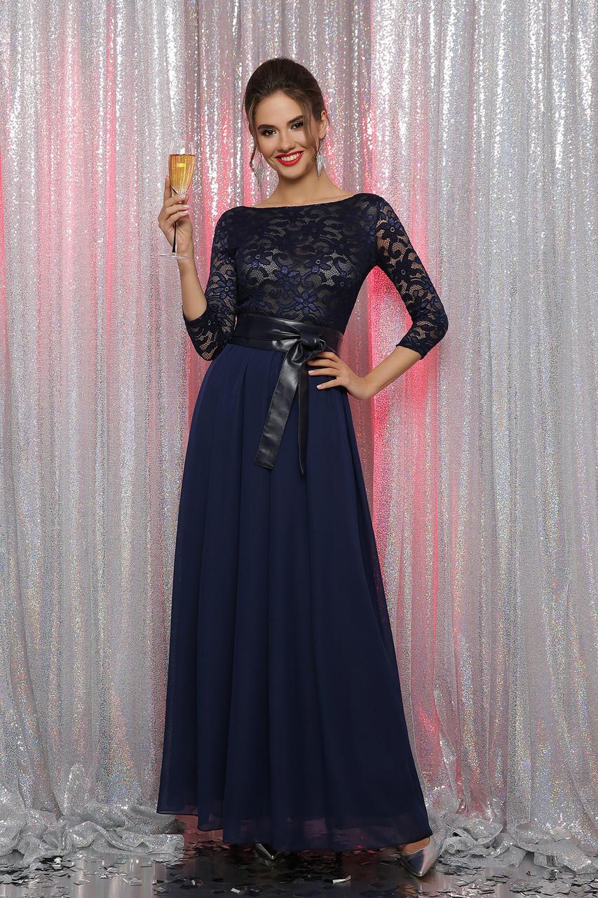 Нарядное синее платье с гипюром длинное