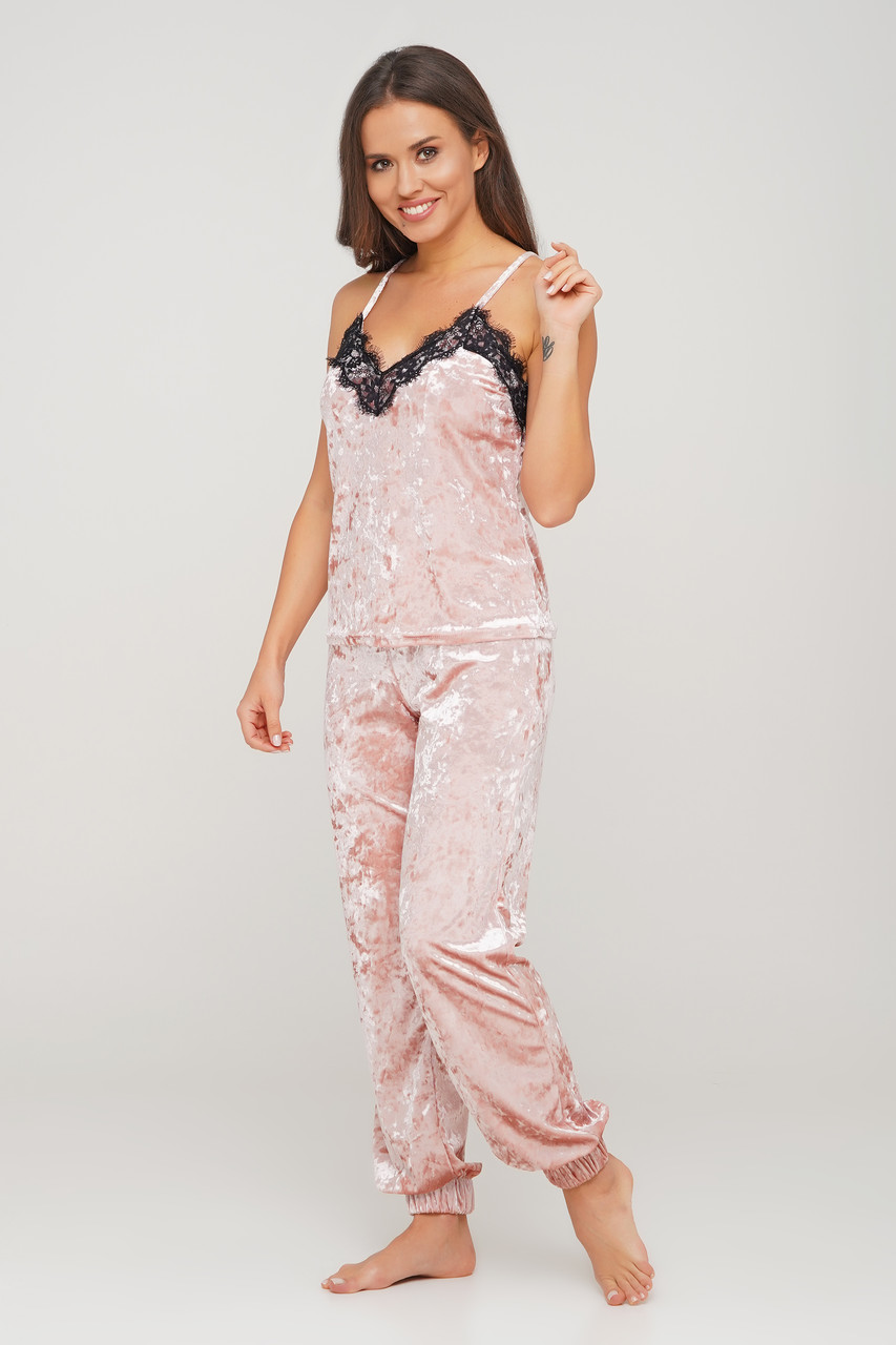 Воздушная велюровая пижама Orli