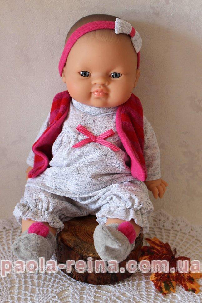Лялька пупс Горді Бланка в теплому одязі, 34 см
