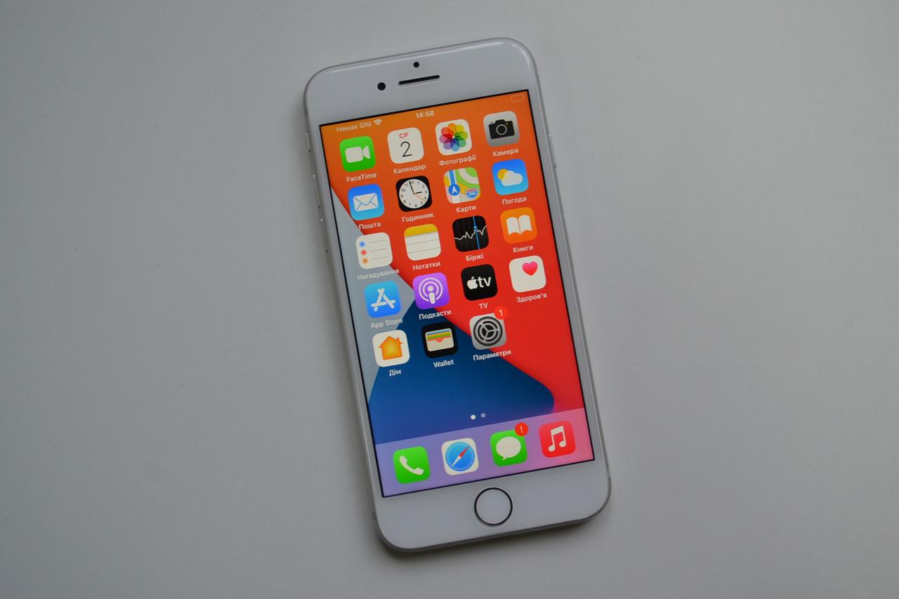 Apple Iphone 8 64Gb Silver Neverlock Оригинал!