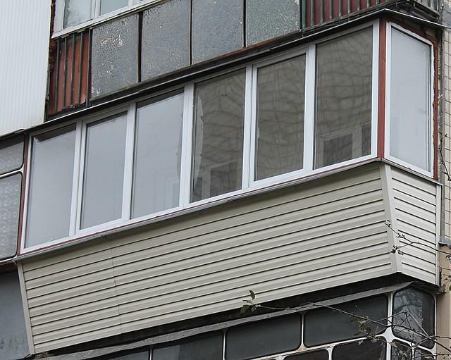 Ремонт балкона под ключ на Харьковском массиве Киев