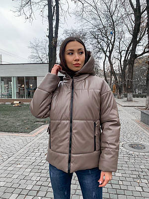 Модная женская зимняя куртка из экокожи с капюшоном