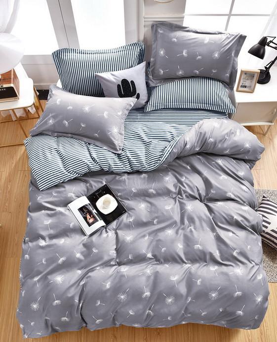 Комплект постельного белья серый из микросатина Евро.