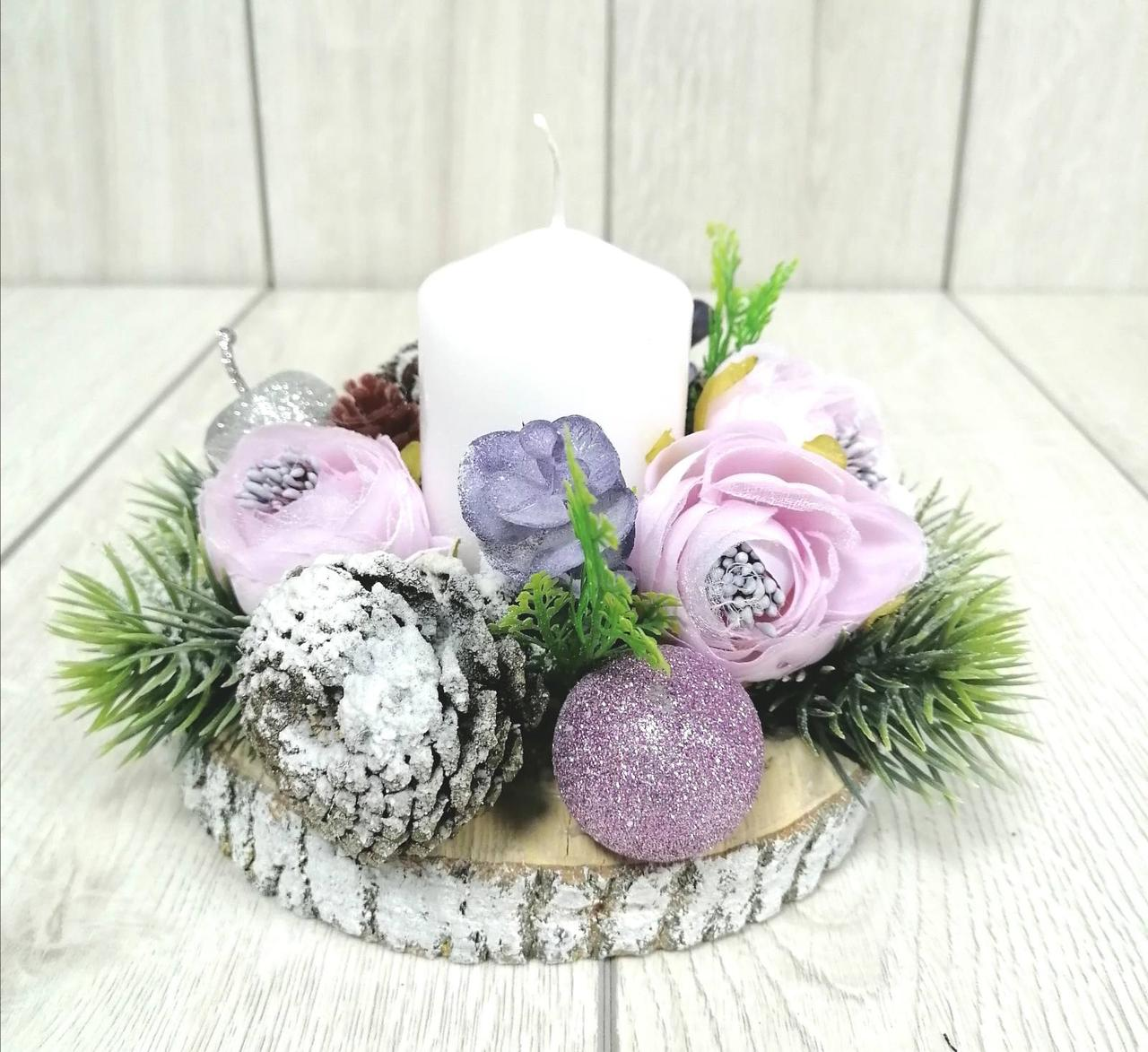 Новогодний подсвечник лилового цвета