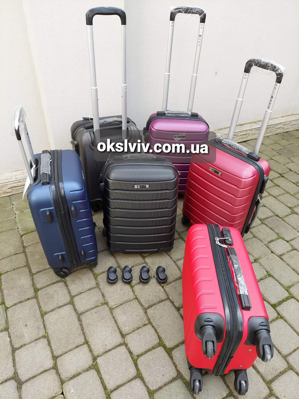 FLY 1107 Польща валізи чемодани ручна поклажа сумки на колесах