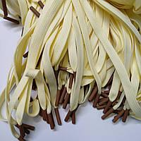 Шнур (текстильный) №3 плоский желтый с коричневым наконечником 125см.