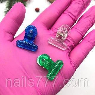 Прищепка для зажима ногтей пластмасовая маленькая, фото 2
