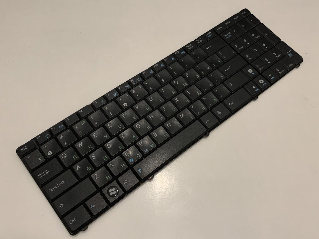 Запчасти для ноутбука Asus K52D - Клавиатура MP-07G73SU-528