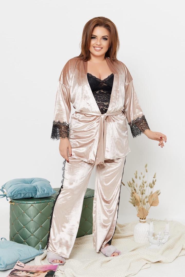 Элегантная велюровая женская пижама-тройка украшенная кружевом с 50 по 64 размер