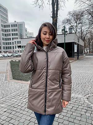 Удлиненная зимняя куртка из экокожи женская