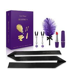 Подарочный набор RIANNE S Ana's Trilogy Set I: помада-вибратор, перышко, зажимы для сосков, повязка