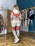 Женский брендовый вязаный костюм с логотипами, в бежевом цвете, р.42/46, фото 4