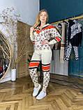 Женский брендовый вязаный костюм с логотипами, в бежевом цвете, р.42/46, фото 6