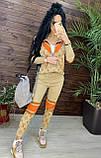 Женский брендовый вязаный костюм с логотипами, в бежевом цвете, р.42/46, фото 7