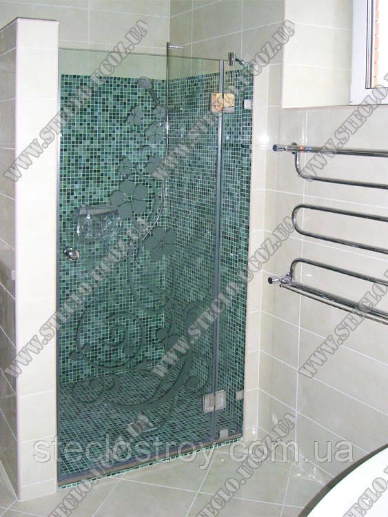 Душевые двери стеклянные для душевых кабин с глухим фрагментом