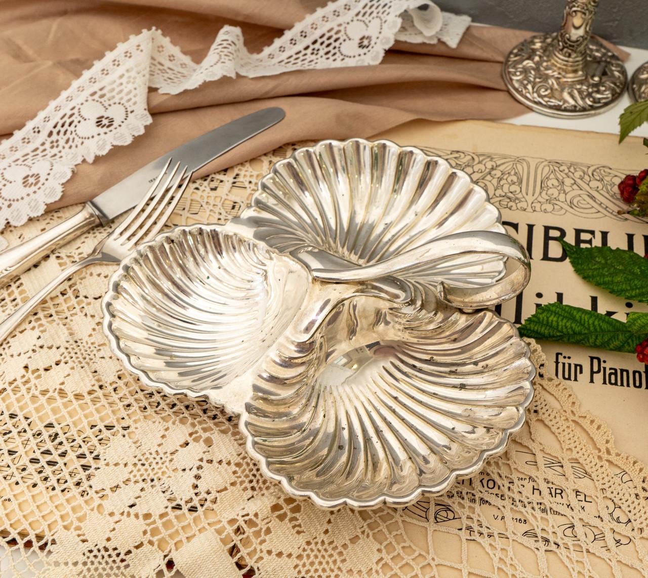Винтажная посеребренная менажница из трех ракушек серебрение, мельхиор, Англия