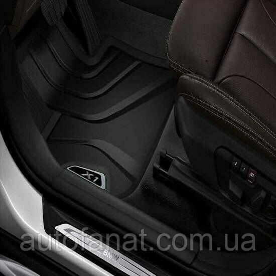 Оригинальные передние коврики салона BMW X1 (F48) Х-Line черные/серебристые (51472365855)