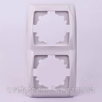Двойная рамка VI-KO Carmen вертикальная скрытой установки (белая)