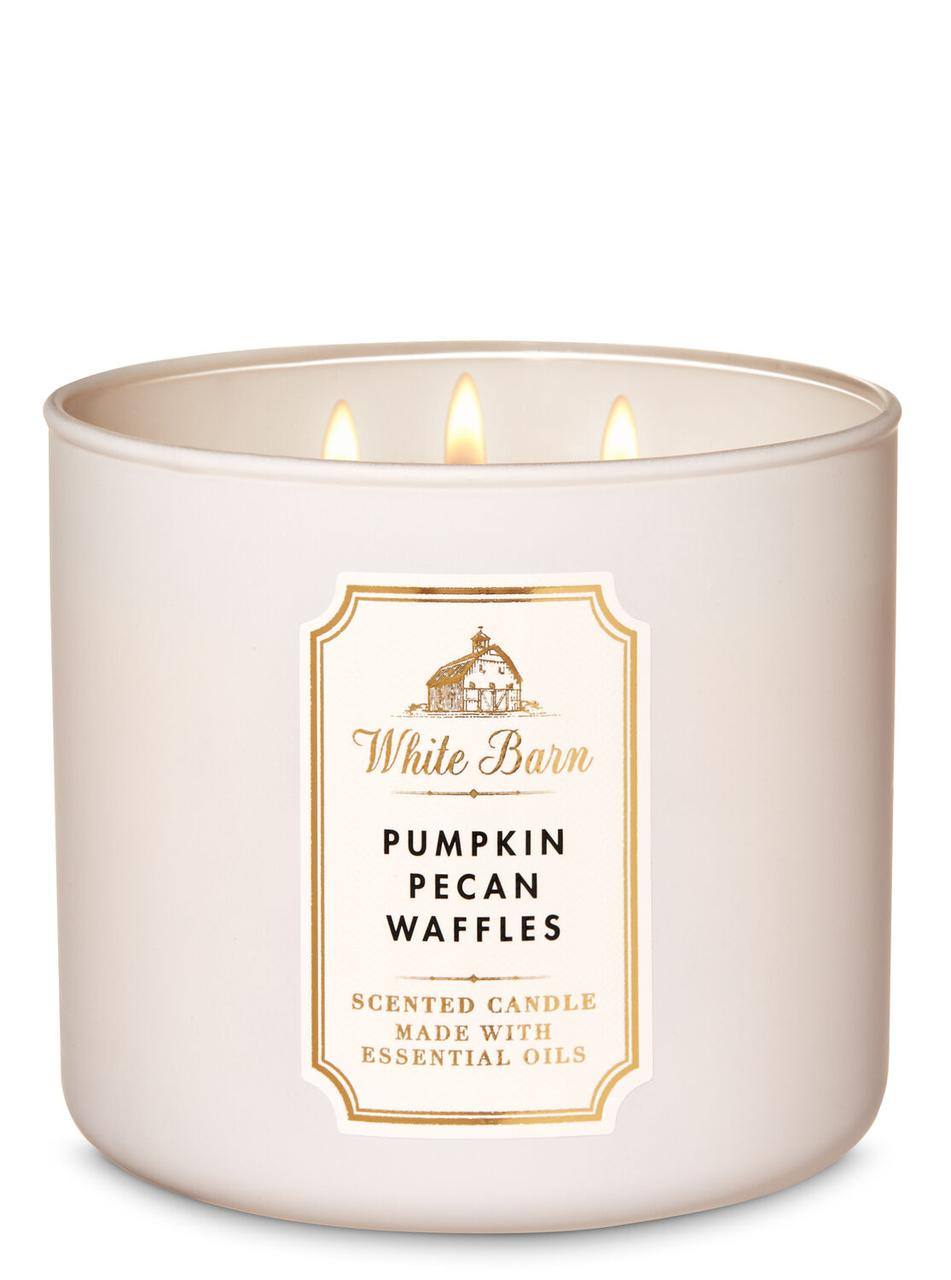 Свеча ароматизированная Bath and Body Works Pumpkin Pecan Waffles Scented Candle