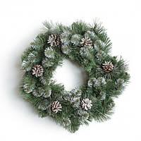 Венок хвойный Рождественский Заснеженный с шишками Премиум диаметр 50 см