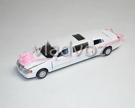 Машинка лимузин Limousine Wedding Love метал 1:38 белая, фото 2