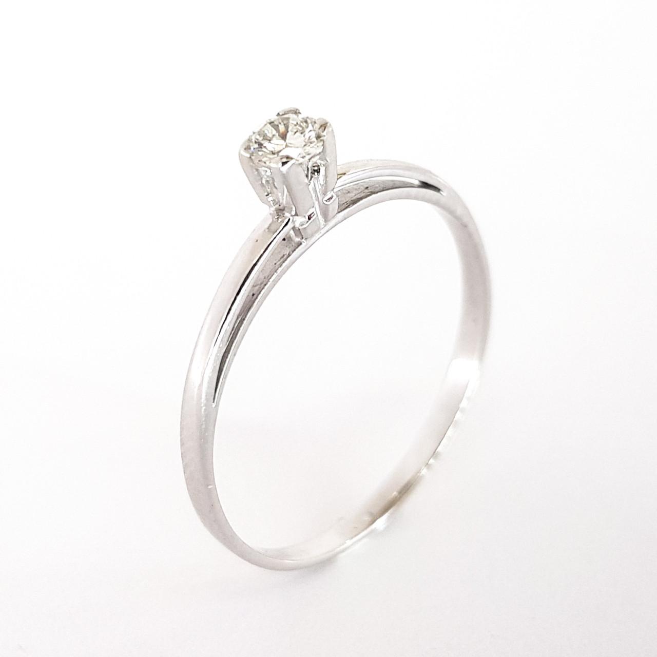 Золотое кольцо из белого золота  с бриллиантом 585 пробы 18 размер